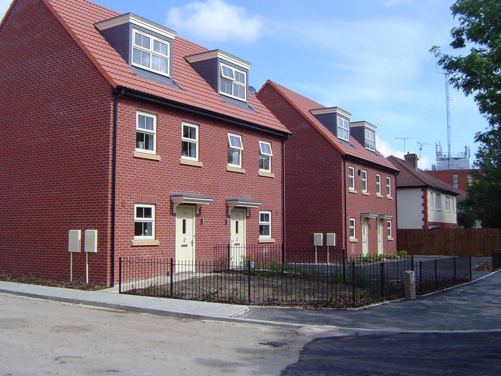 3 Bed Houses on Elton Road